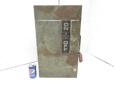 Model 5 General Electric 200A 600VAC 250VDC Fusible Safety Switch Disconnect Box