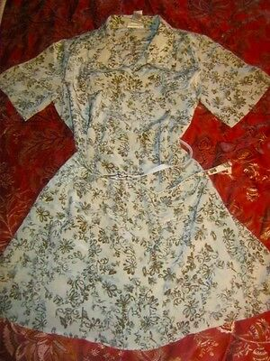 Vintage Retro Floral Day Dress, Button Front, Short Sleeve, Size 16