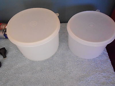 Tupperware Vintage Set Of 2 Deep Clear Round Containers With Lids