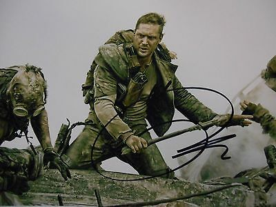 Tom Hardy   8x10 auto photo in Excellent Condition