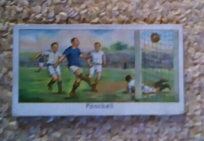 Turf cigarettes , sports records , 2nd series no 28 Association Football