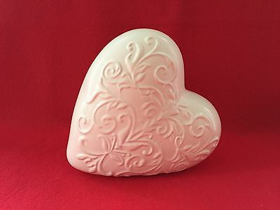 White Ceramic Floral Detail Heart In Excellent Condition