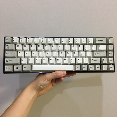 Tada68 60% keyboard with thick PBT dye-sub keycap Fully Programmable keyboard
