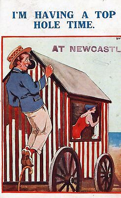 I'M HAVING A TOP HOLE TIME AT NEWCASTLE CO. DOWN COMIC POSTCARD No.862 SENT 1930