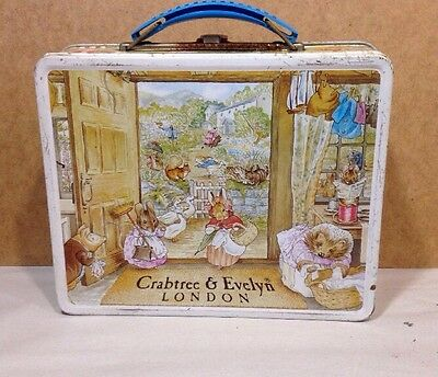 Crabtree & Evelyn Beatrix Potter Frederick Warne & Co Tin 1985 ~ Latched Lid