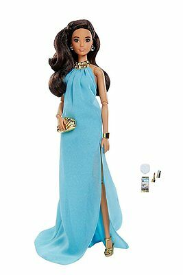 2016  Barbie The Look Pool Chic Brunette IN STOCK