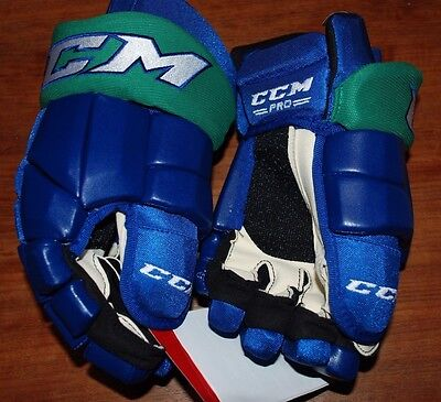 Brand New Pro Stock Ccm Hg42 Tacks Hockey Glove Rare Colorway