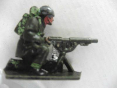 Lone Star   Plastic Toy  British Paratrooper Wwii Number 6 1960's Rare