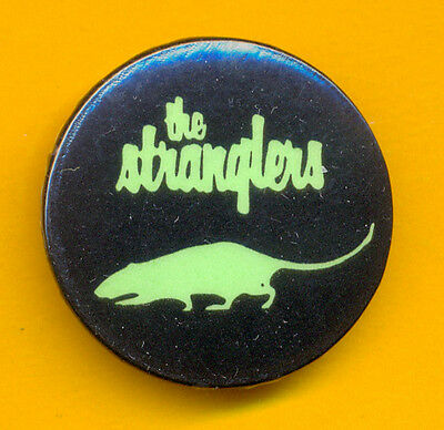 THE STRANGLERS BLACK AND GREEN LOGO VINTAGE LATE 70s PUNK BADGE PIN SEX PISTOLS