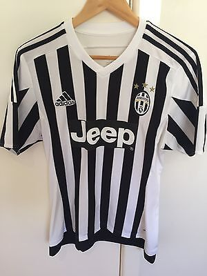 JUVENTUS Official Home Jersey. ADIDAS. Size M.