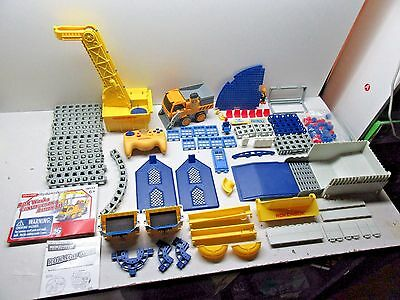 Rokenbok 08111 Rok Works Construction & Action Set - Nearly Complete Works Great