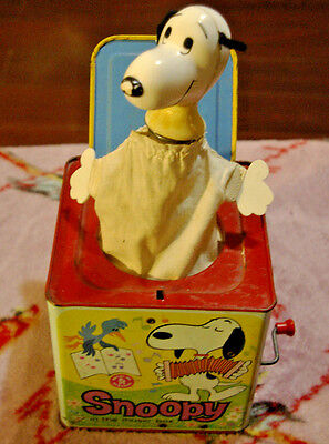 Vintage 1966 Mattel Snoopy Peanuts Jack In The Box Musical Pop Up Toy metal