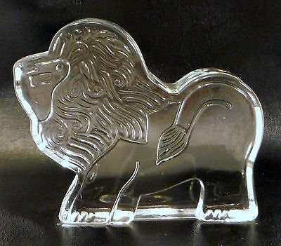Vintage Lion Cat Clear Art Glass Figurine Paperweight Flat Stylized Minimalist