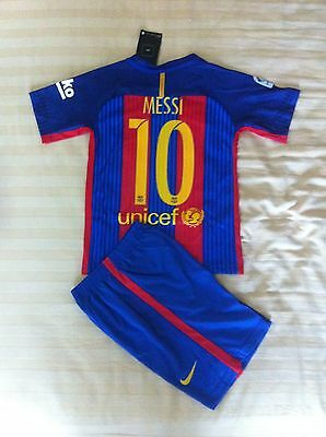 Barcelona Messi 10   2017  Soccer Kit  sizes to suit kids ages   8 -11 year old