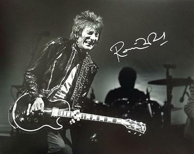 Ronnie Wood (Rolling Stones) Signed 10x8 Photograph COA
