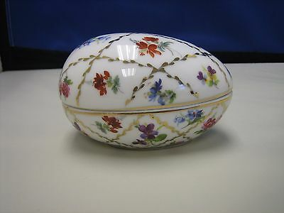 Past times hand painted egg box