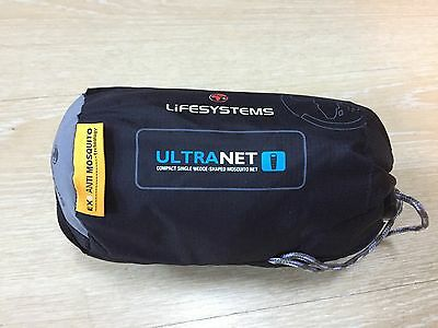 Lifesystems Ultranet Compact Single Wedge-Shaped Mosquito Net