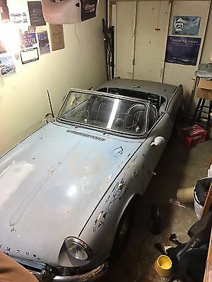 1965 Triumph Spitfire  Triumph Spitfire 1965 Ready for paint (your color) I have all the interior