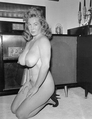 1960s Nude Virginia Bell Posing With Vintage Tube Stereo System 8 x 10 Photo
