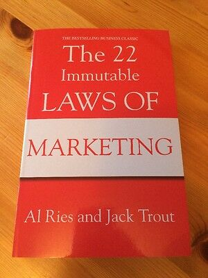The 22 Immutable Laws Of Marketing (Bestseller)