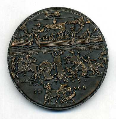 The Battle of Hastings bronze medal by J.H Coëffin