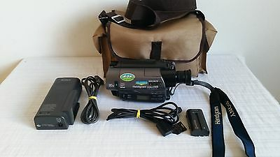 Sony CCD-TR760E Camcorder Video 8