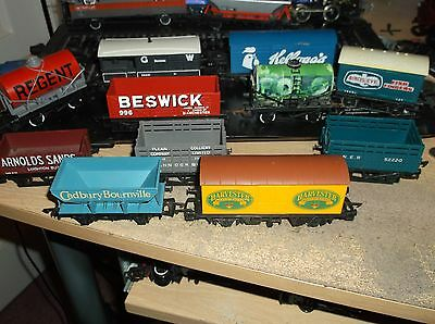 11 hornby triang  wagons lot 3