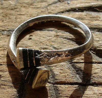 Niger  Tuareg metal and ebony hand engraved  ring with square ends UKP