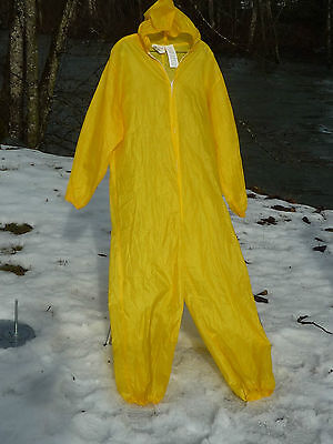 Breaking Bad & Sony Pictures Yellow Hazmat 1 Piece Polyester Suit Mr. White Suit