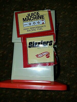 2006 MATTEL HOT WHEELS SIZZLERS RACE CASE JUICE MACHINE Very Good+ condition
