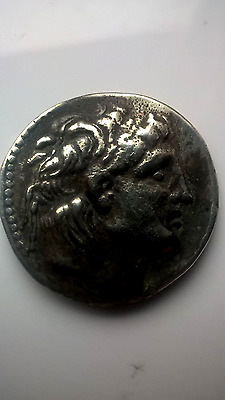 ancient Greek coin SILVER ALEXANDER THE GREAT ?? NOT SURE