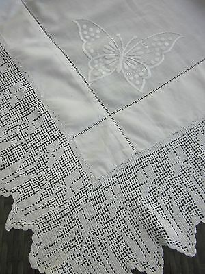 vint TULIP filet lace crochet edge embroidered BUTTERFLY cotton TABLE CLOTH af