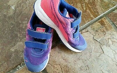 Girl Size 13 Puma Running Jogger Sand Shoes Purple & Pink