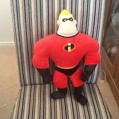 """Disney Store Pixar The Incredibles Mr Incredible Plush Talking Soft Toy Doll 16"""""""