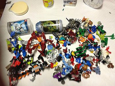 Approx 1.5Kg Lego Technic And Bionicles X2 Containers ?transformers Collectable