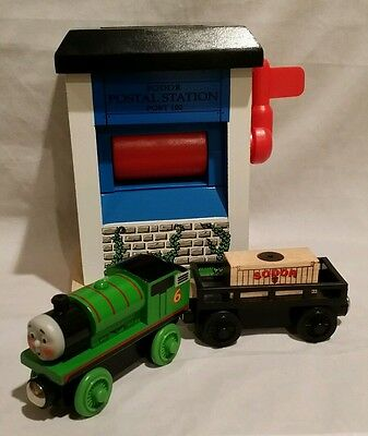 Thomas wooden Mail cargo and building with Hard at work Percy set Rare