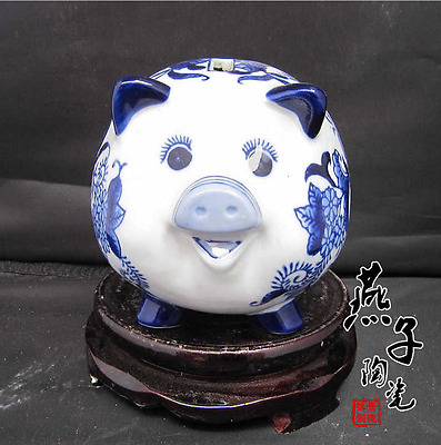 Chinese Blue And White Porcelain Handmade Little Flower Pig Statues  Qp41138