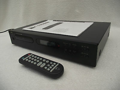 NAD C525BEE CD player + remote & manual