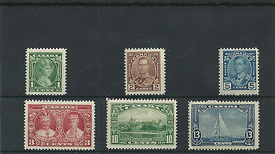 """#165 Postage Stamp Canada """"King George V Silver Jubilee"""" ** 1935 MNH"""
