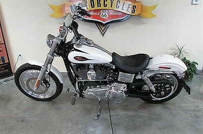 2014 Harley-Davidson Dyna  2014 Harley Davidson Street Bob with only 166 miles