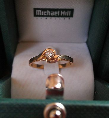Solitaire Diamond Ring .10 carat 9ct Yellow gold  ~ As new.