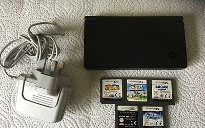 Nintendo DSI And  5 Games