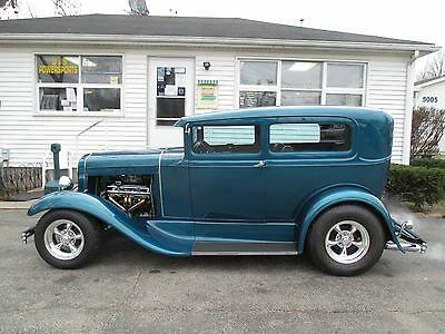 1931 Ford Model A tan 1931 ford 2 dr model A restomod. AC, Power brakes, power steering lthr, cd,