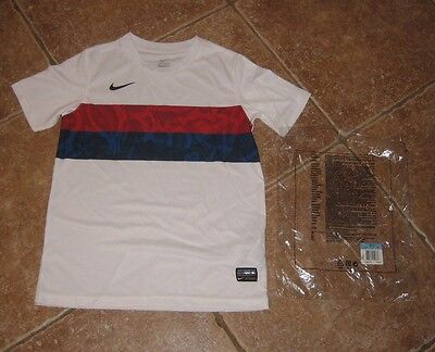 Boys NIKE Soccer/Football Jersey Shirt red/white/blue