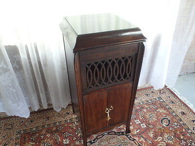Antique Gramophone cabinet. Drinks cupboard. small cabinet.