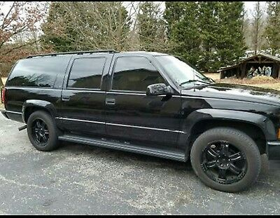 1998 Chevrolet Suburban  1998 SUV...CHEVY TRUCK...$ 7500 or best offer