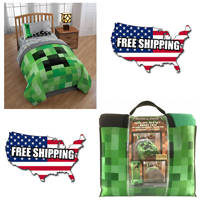 Minecraft Bedding Bed-In-A-Bag with Bonus Tote Reversible Twin Comforter Set