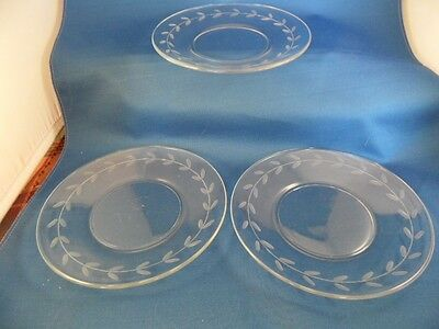"Set Of 3 Anchor Hocking Ahc55 Etched Crystal Gray Cut Laurel 6"" Dessert Plate"