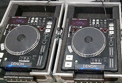 2 (pair) Denon DN-S5000 CD players with flight case