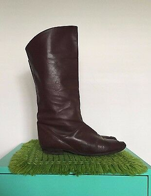 Vintage Brown 80s Boots. Size 9/40. Tall Womens Boots. Low Heel. Good Condition
